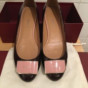 Bally patent leather shoes size 38